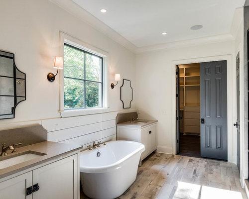 salle de bain campagne avec une douche en alc ve photos et id es d co de salles de bain. Black Bedroom Furniture Sets. Home Design Ideas