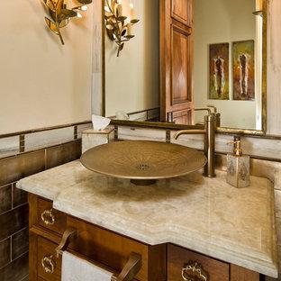 Ejemplo de cuarto de baño contemporáneo con lavabo sobreencimera