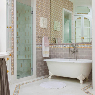 Inspiration for a timeless multicolored tile bathroom remodel in Dallas