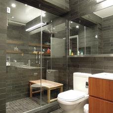 Contemporary Bathroom by BuiltIN studio