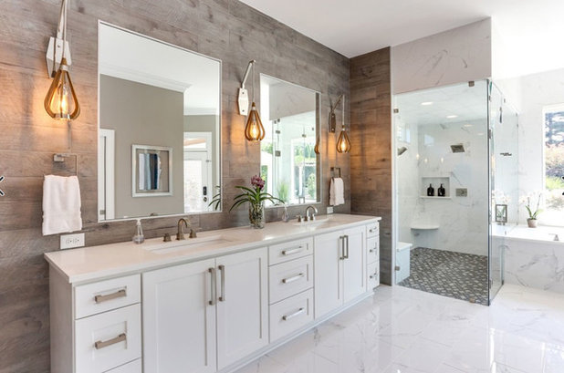 Contemporary Bathroom by End Vision Visual Design Group
