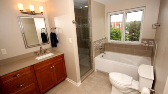 3 Baths and 2 Kitchens