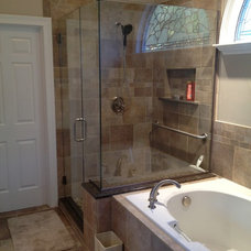 Traditional Bathroom by 3dhomeconstruction.com