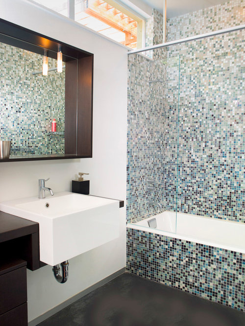 Mosaic bathroom tile houzz for Mosaic tile bathroom design