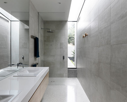 Narrow bathroom houzz for Bathroom designs melbourne