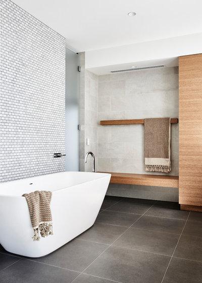 Modern Bathroom by mckimm residential design