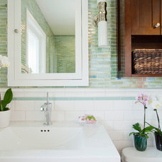 Traditional Bathroom by GEORGE Interior Design