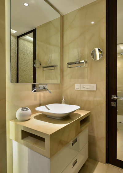 Contemporary Bathroom by Aum Architects