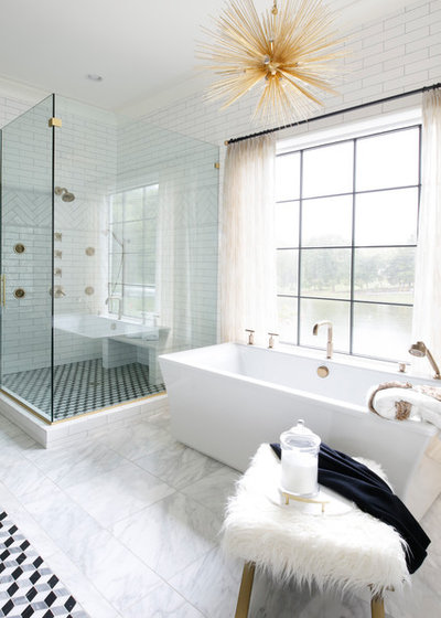 Trending Now: 11 Dream Baths That Have It All on small bathroom tubs, pink bathroom tubs, bathrooms with corner tubs, blue bathroom tubs, rustic bathroom tubs, vintage bathroom tubs, modern bathroom tubs, black bathroom tubs, fun bathroom tubs, bathrooms with soaking tubs,
