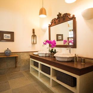 Идея дизайна: ванная комната в средиземноморском стиле