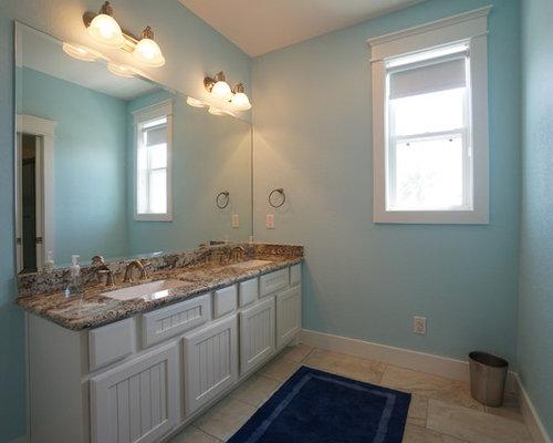 Beach style jamaica bathroom design ideas renovations for Bathroom ideas in jamaica