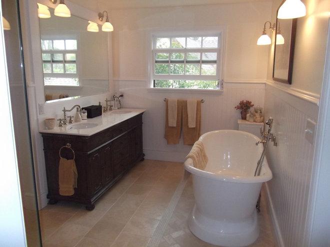 Traditional Bathroom by Aimee Hernandez Design