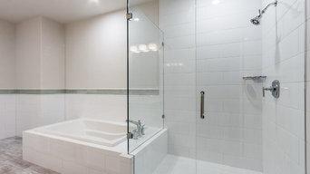 5-Star Oak Lawn Townhome Kitchen & Master Bath