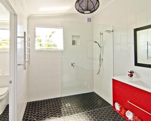 Maritime badezimmer mit roten schr nken ideen design bilder houzz - Badezimmer maritim ...