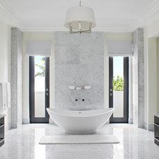 Contemporary Bathroom by Jarosz Architect, P.A.