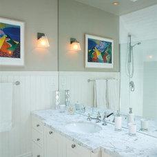 Traditional Bathroom 557 Hill