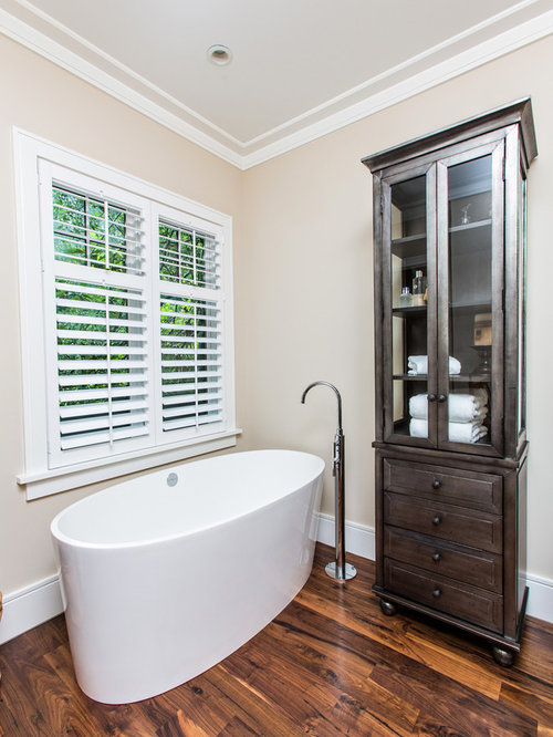 Example Of A Transitional Freestanding Bathtub Design In Charleston