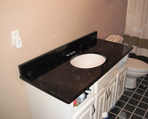 Black galaxy granite for white cabinets for White kitchen cabinets with black galaxy granite