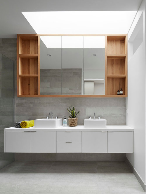 Best Scandinavian Bathroom With A Console Sink Design Ideas Remodel Pictures Houzz