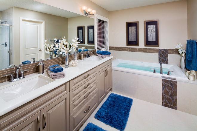 Traditional Bathroom by Cedarglen Homes