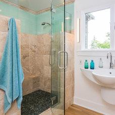 Contemporary Bathroom by FJU Photography