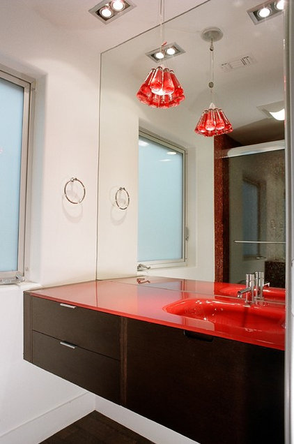 Contemporary Bathroom by Tatiana Takaeva