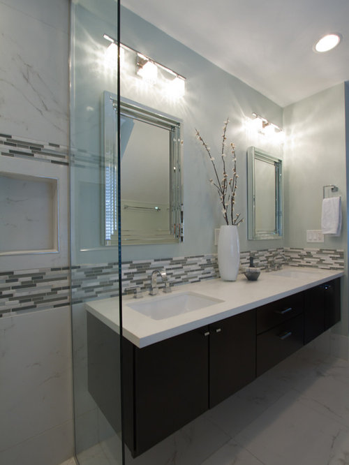 Chandelier style vanity lights home design ideas pictures for Bathroom cabinets townsville