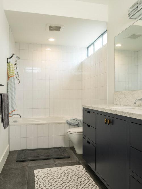 salle d 39 eau avec un combin douche baignoire photos et id es d co de salles d 39 eau. Black Bedroom Furniture Sets. Home Design Ideas