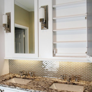 Inspiration for an eclectic bathroom remodel in Atlanta
