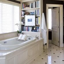 Traditional Bathroom by Sroka Design, Inc.