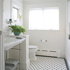 traditional bathroom by Brennan + Company Architects