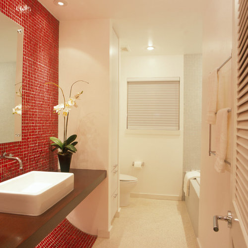 75 Trendy Bathroom with Red Tiles and Glass Tiles Design Ideas ...