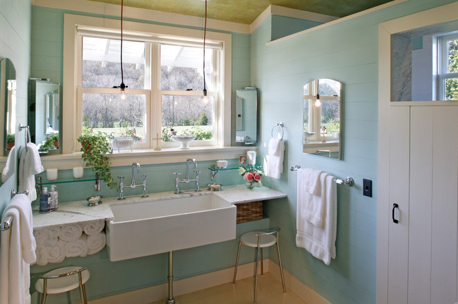 Traditional Bathroom by Gilbert | McLaughlin | Casella Architects, PLC