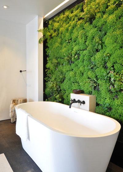 Contemporáneo Cuarto de baño by Janet Paik