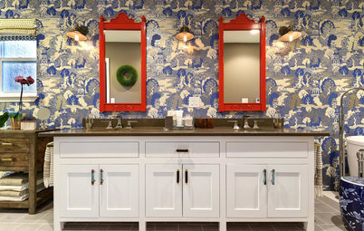 Room of the Day: Bathroom Embraces an Unusual Floor Plan