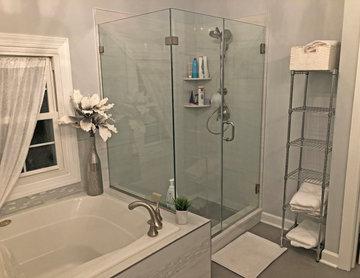 A Soothing Master Bath Design in Crofton