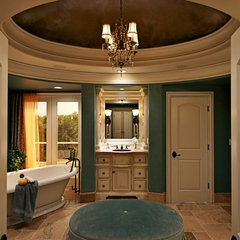 traditional bathroom by Will Waibel