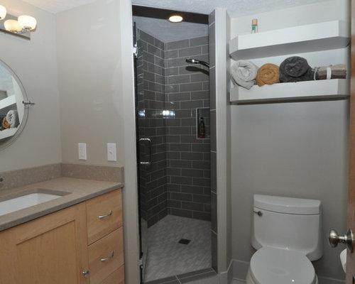 badezimmer mit quarzit waschtisch und fliesen aus. Black Bedroom Furniture Sets. Home Design Ideas