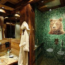 Rustic Bathroom by Tollot&C LLC.