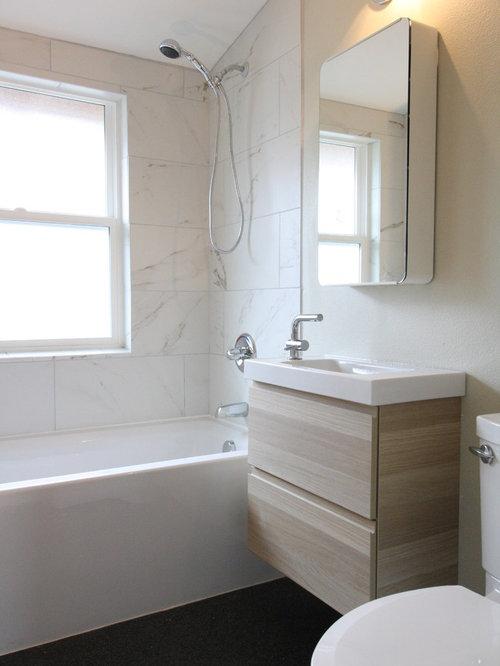 Salle d\'eau moderne avec sol en stratifié : Photos et idées déco ...