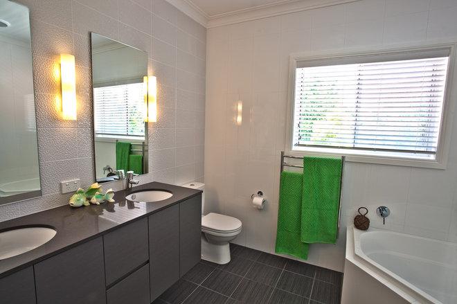 Contemporary Bathroom by Chocolate Interiors