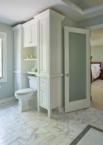 Before And After A Revamped Master Bathroom Shines Bright