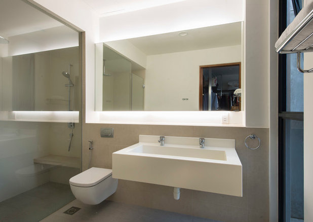 Contemporary Bathroom by ADX Architects