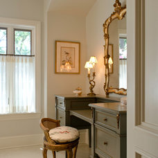 Traditional Bathroom by Ornamentations Design