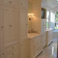 traditional bathroom by Home Systems , Wendi Zampino