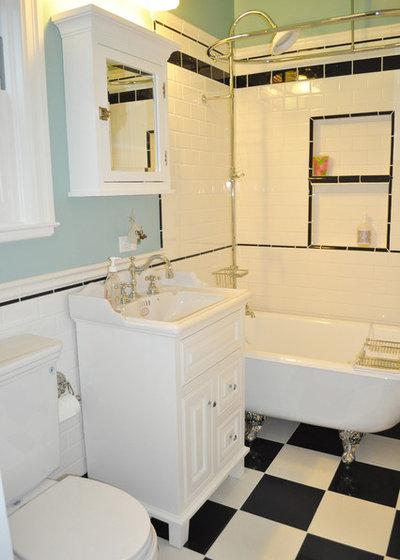 Victorian Bathroom by Devi Dutta Architecture