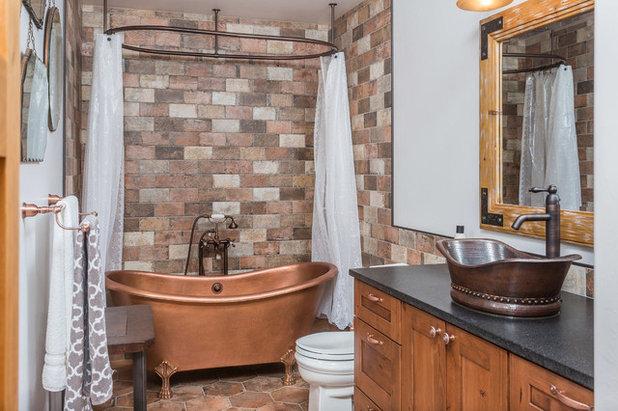 Rustic Bathroom by Cozy Interiors