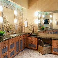 Modern Bathroom by Interior Motives