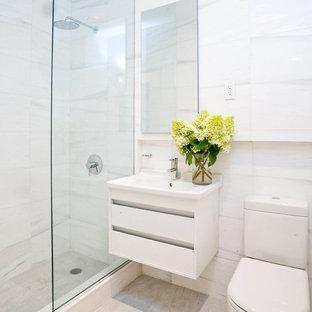 Small White Bathroom | Houzz