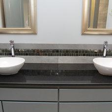 Bathroom by Prodigy Homes Inc.